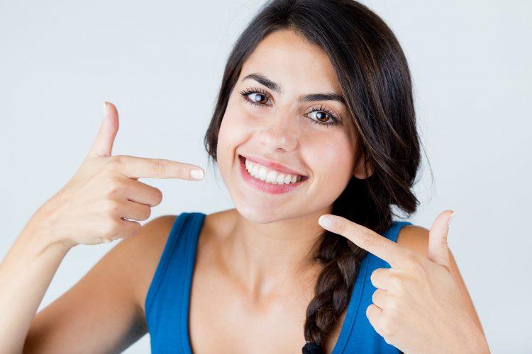 Sbiancamento denti Legnano e Busto Arsizio