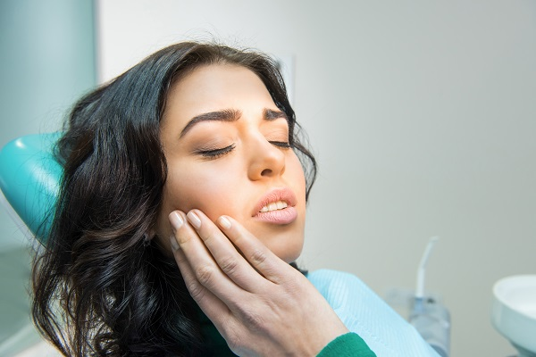 Paziente presenta sintomi di malattie gengivali