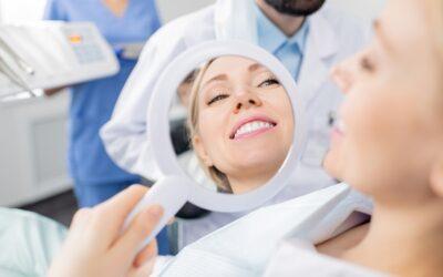 Rivolgetevi sempre ad un professionista per lo sbiancamento dei denti a Legnano!
